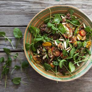 Quinoasallad med Krasse och mandel