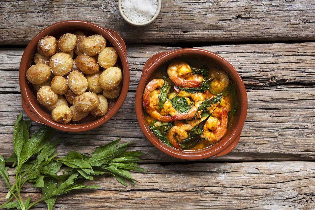 Vitlöksräkor med saltrostad potatis