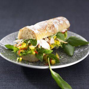 Kycklingmacka med Thaibasilika- och mangosalsa