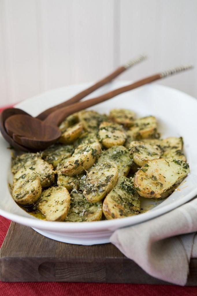 Parmesan- och persiljegratinerad potatis
